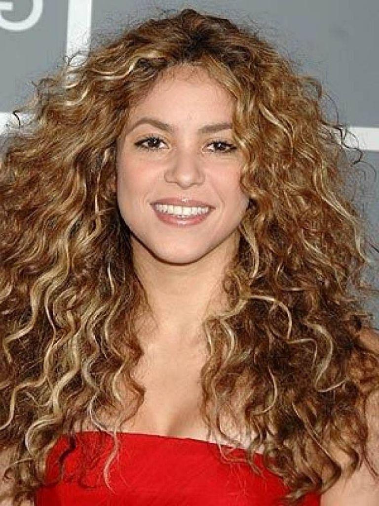 Gute Haarschnitte Für Lange Lockige Haare  Curly hair styles