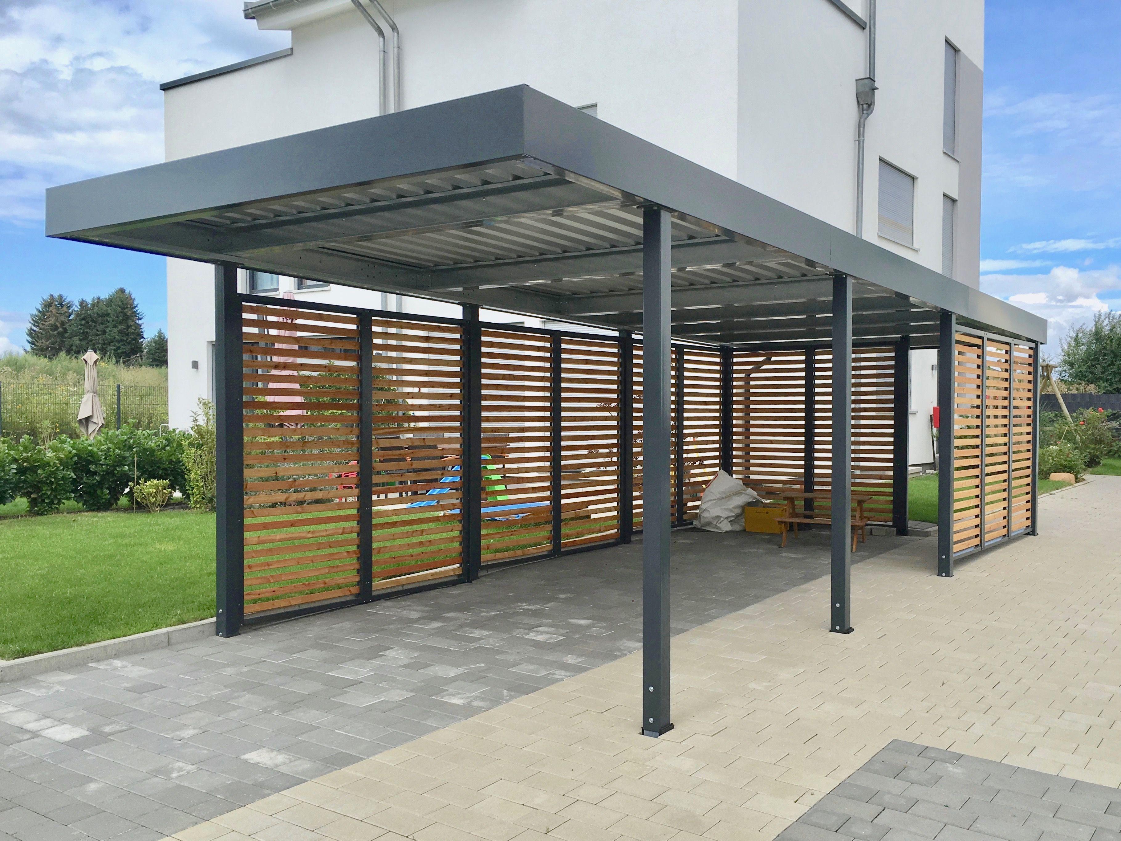 Carport aus Metall mit Rhombus Wandelementen im modernen