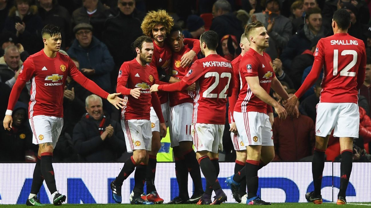 Schweinsteiger Scores As Fa Cup Holders Man United Ease Past Wigan Manchester United Chelsea Premier League Manchester United Football Club