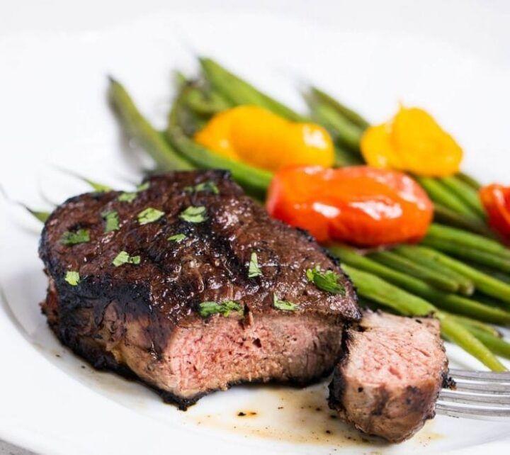 EASY Steak Marinade (5 ingredients!) - I Heart Naptime