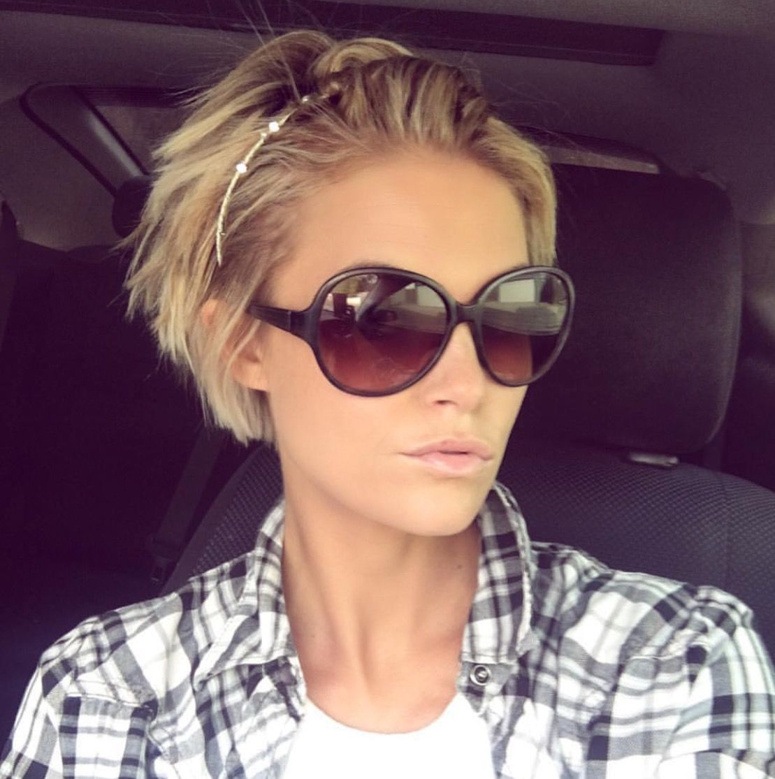 Growing out the pixie idea | favorite hair cuts ...