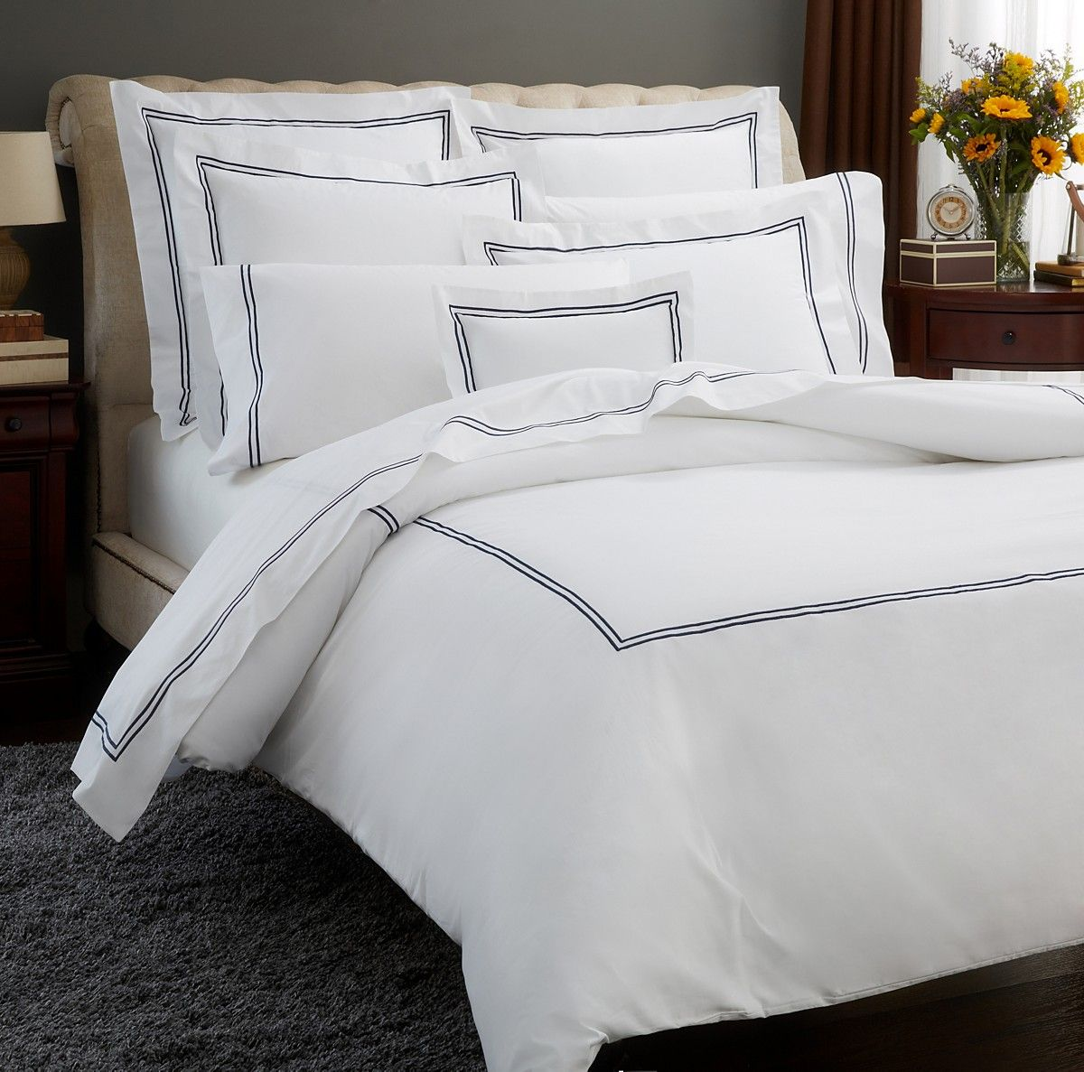 Kamash offers high quality luxury hotel bed linens that for Hotel sheets and towels