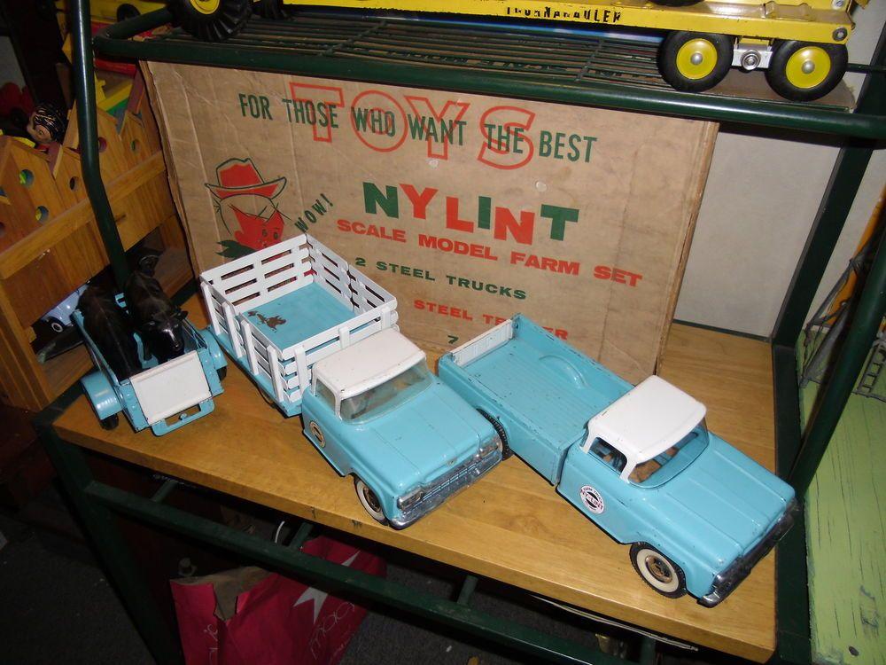 Nylint ULTRA-RARE  1964-5600   Farm Set with Box