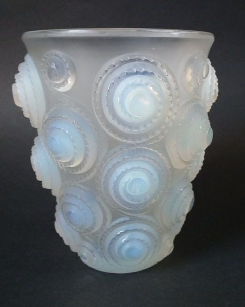 Rene Lalique Opalescent Glass Spirales Vase Glass Glass Art And