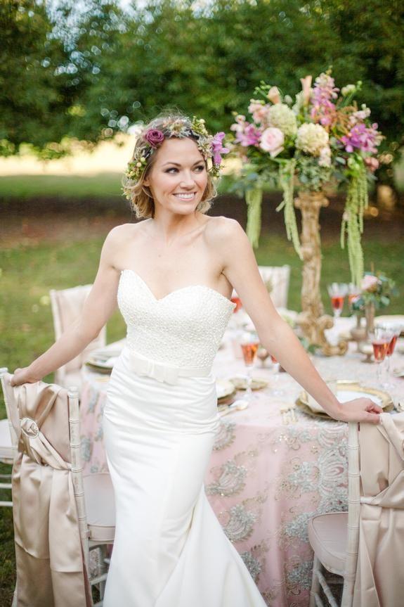 Aamodts Apple Farm Wedding Photo Shoot Stillwater MN Party Rental Taryn Christine Photography