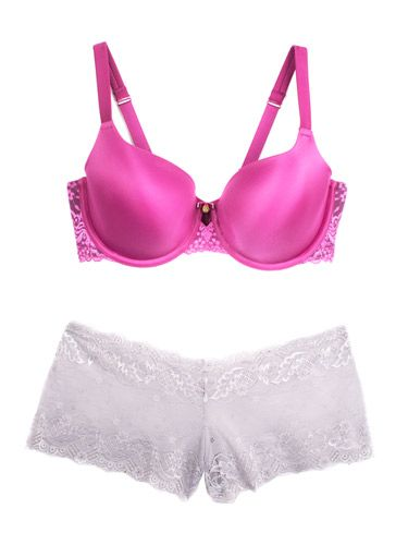 ee29dad32 9 Sexy Valentine s Day Bra and Panties Combos