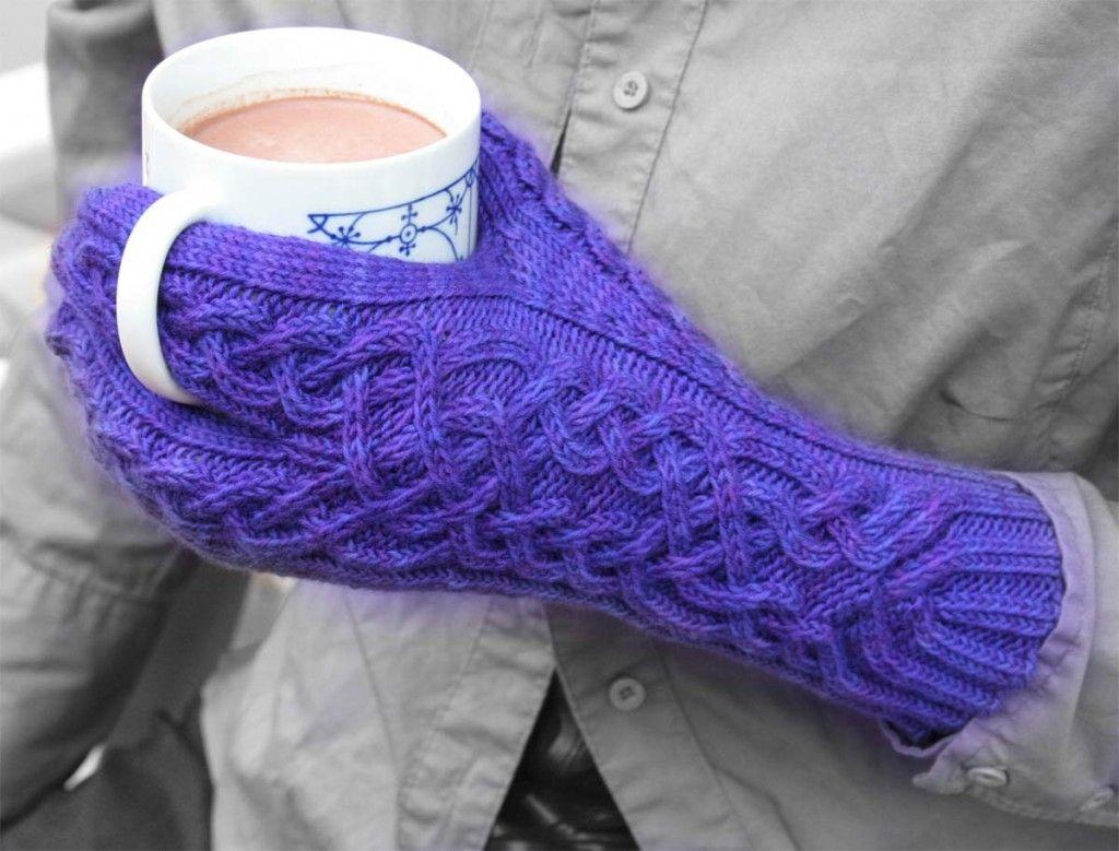 glitten pattern (neither gloves nor mittens)
