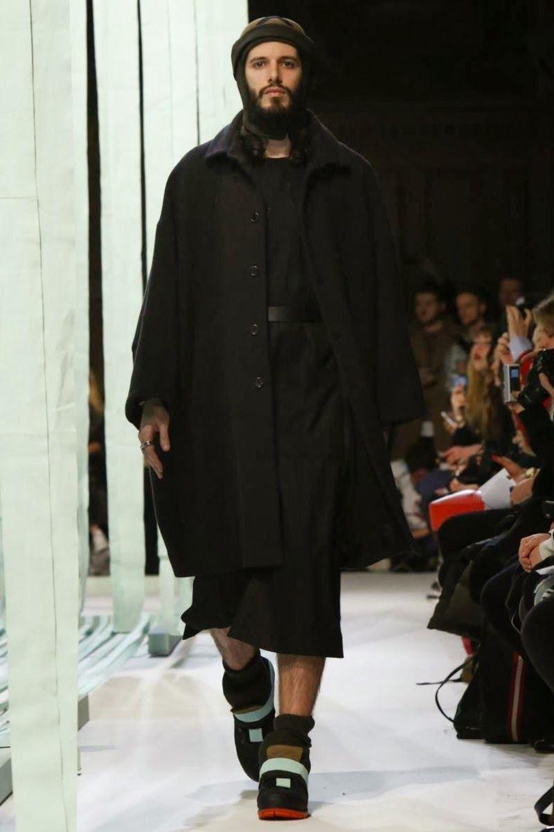 2014 FALL/WINTER PARIS FASHION TRENDS | Henrik Vibskov Fall/Winter 2014 - Paris Fashion Week #PFW