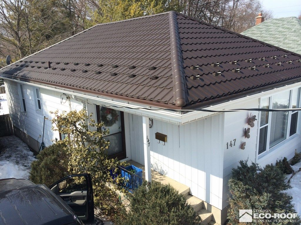Best Investment Roofing Is Full Service Roofer We Provides Roofing In London Our Service Delivers The Customer W Commercial Roofing Roofing Best Investments