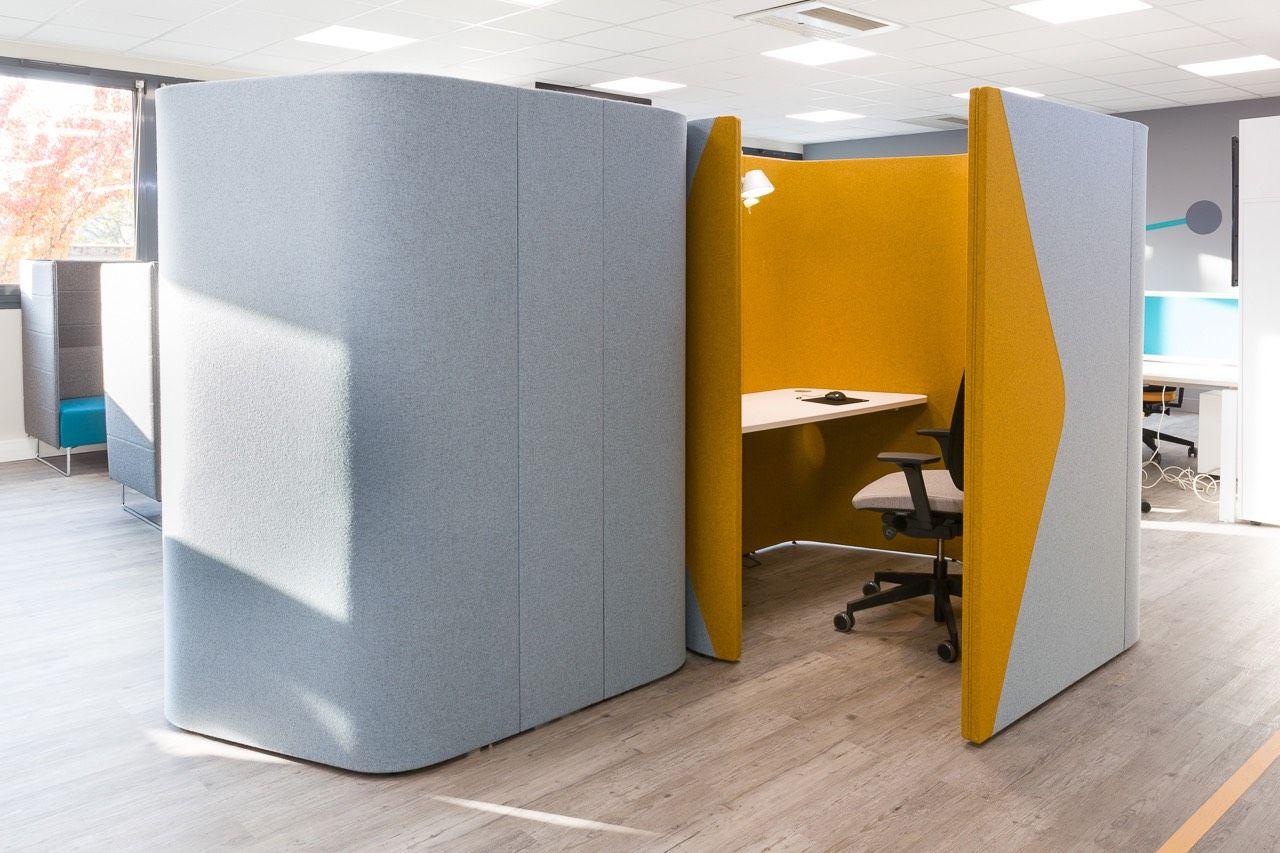 A Look Inside Cojecom S New Lyon Office Oficinas # Muebles Para Ciber