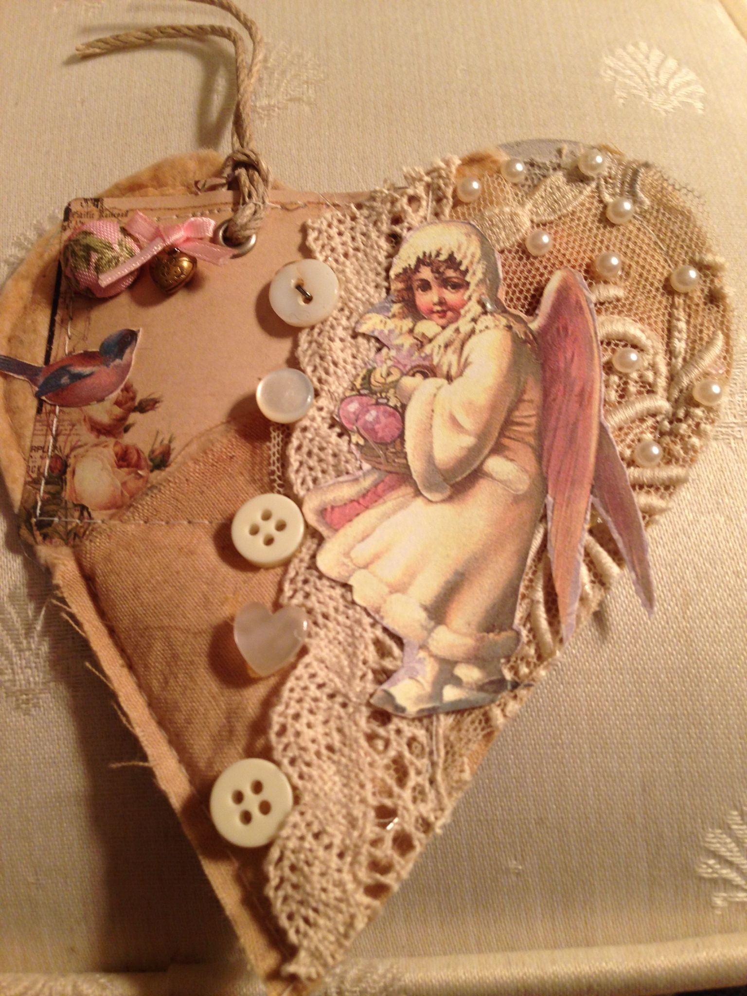 Heart tag for Robin