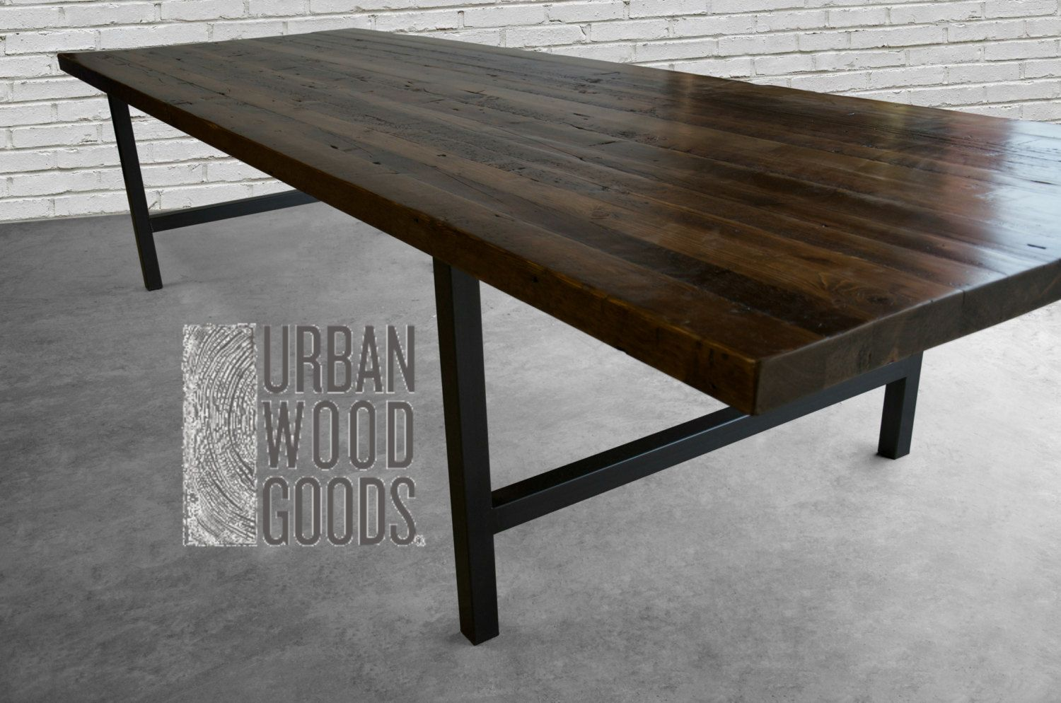 Large Modern Wood Dining Table Made Of 2 5 Inch Thick Reclaimed Wood And Steel Legs In Your Choice Of Color Size And Finish Reclaimed Wood Furniture Large Dining Table Wood Conference Table