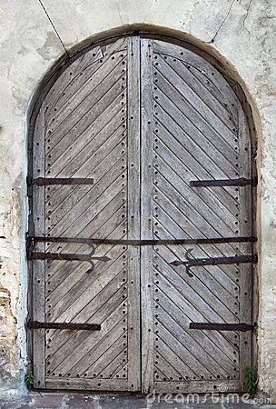 Door Of Old Castle By Sergiy Palamarchuk Via Dreamstime Doors Old Door Castle