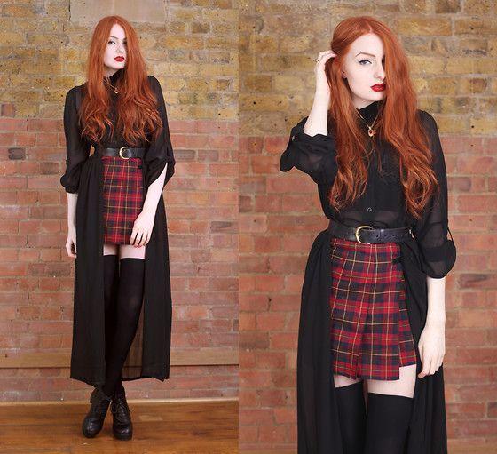 Black shirt kilt outfit
