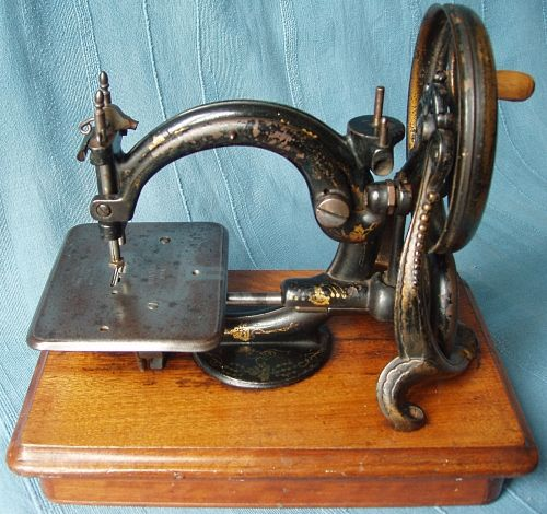Willcox Gibbs Principle The Wilton Serial No 40 This Example Fascinating Willcox And Gibbs Sewing Machine