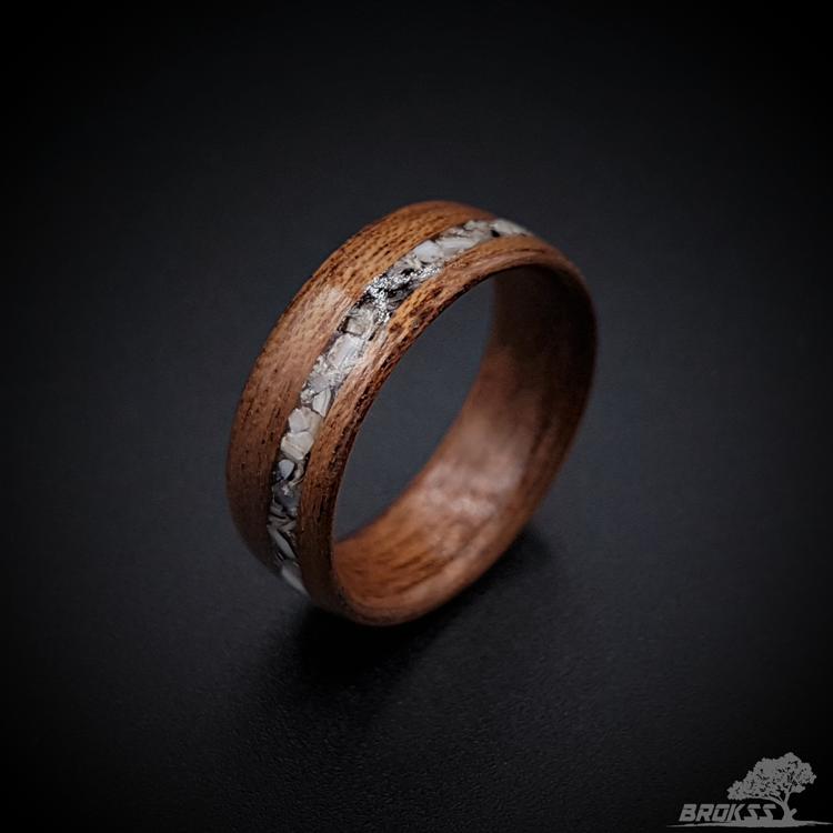 Wood ring-Walnut bentwood ring-wood ring men-wood ring women-wooden couples ring-wood wedding band-wood engagement ring