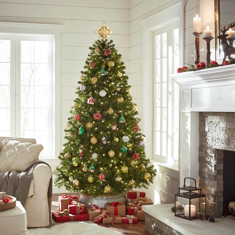 Home Accents Holiday 7.5 ft. PreLit LED Wesley Spruce