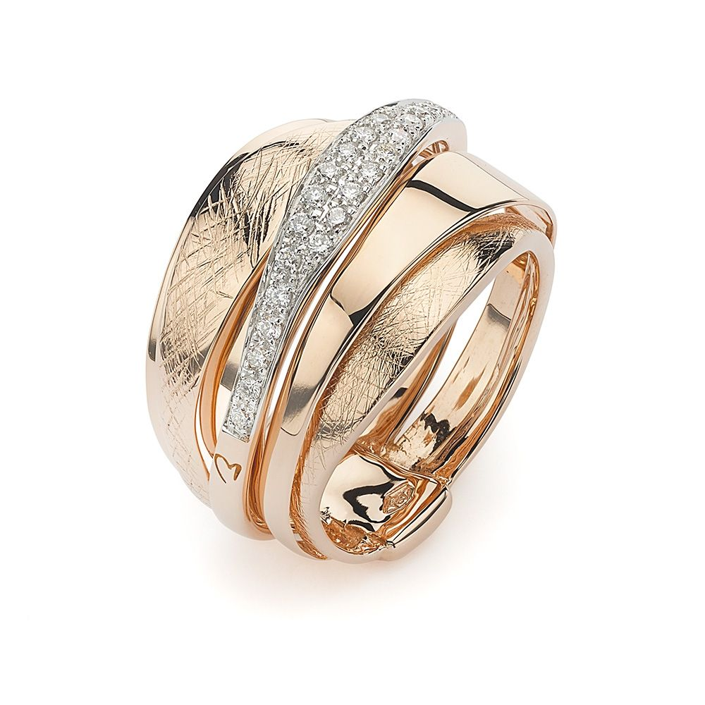 K di Kuore Ebony Ring 18k rose gold stacked ring with 25 white