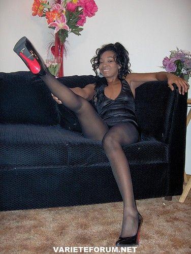 ebony legs pictures tiny pussy tubes