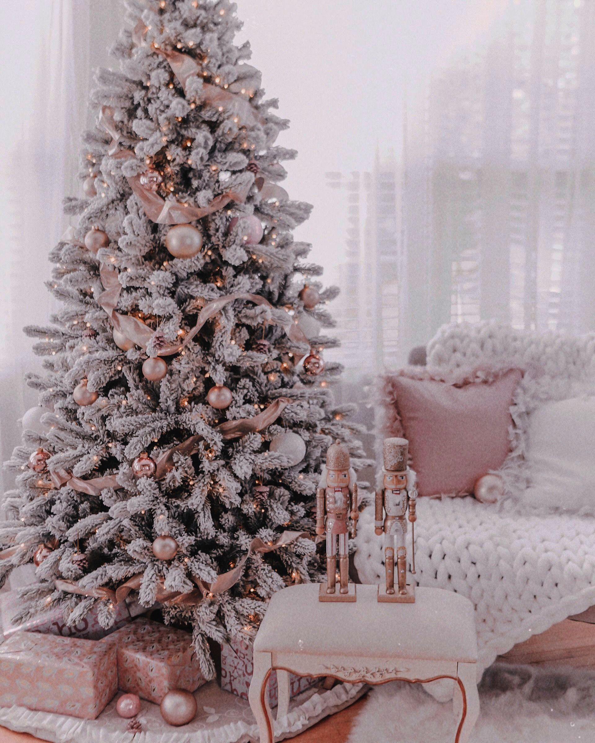 Giant Christmas Tree Storage Bags Christmas Cactus At Lowes Quite Christmas Tree Christmas Tree Decorations Diy Gold Christmas Decorations Rose Gold Christmas