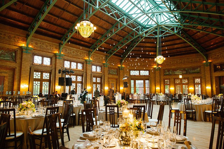 An Image Of A Cafe Brauer Wedding Courtesy Olivia Leigh Photographie
