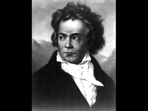 """LUDWIG VAN BEETHIVEN ☼ """"8ª  Sinfonia Op. 93 in Fa maggiore"""" ☼☼ Composizione: 2 flauti, 2 oboi, 2 clarinetti, 2 fagotti, 2 corni, 2       trombe, timpani, archi ☼☼ Movimenti: I Allegro vivace con brio 0:00 II Allegretto scherzando 10:20 III Tempo di Minuetto 14:43 IV Allegro vivace 19:33 ☼☼ Filarmonica della Scala di Milano - Direttore: RICCARDO MUTI"""
