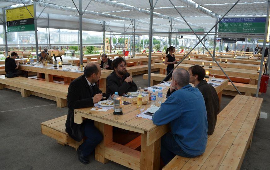 La cantine du voyage nantes 2014 restaurant terrasse le voyage nantes pinterest the - Restaurant la cantine marseille ...