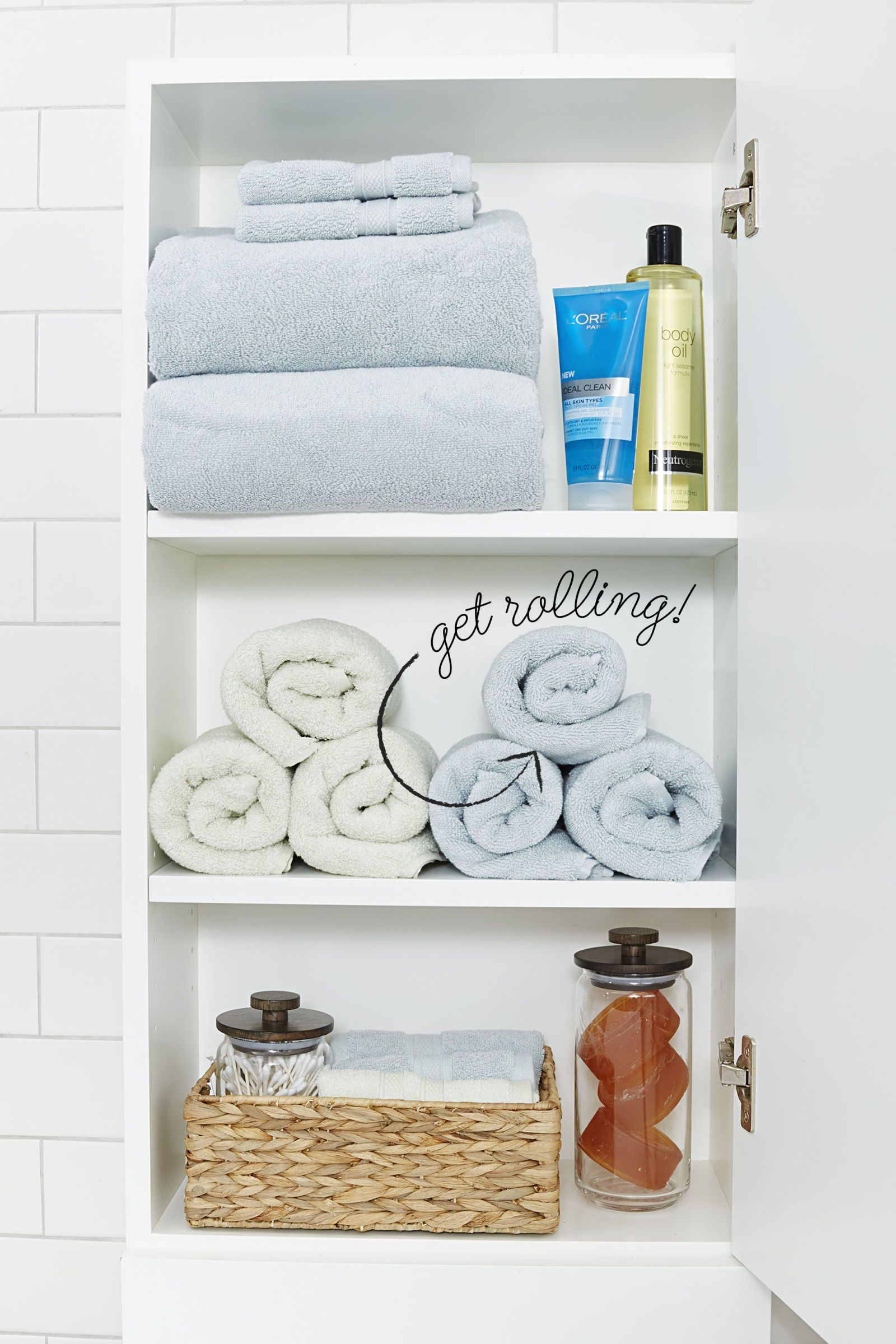 10 Stylish Tricks for a More-Organized Bathroom | Towels, Linens and ...