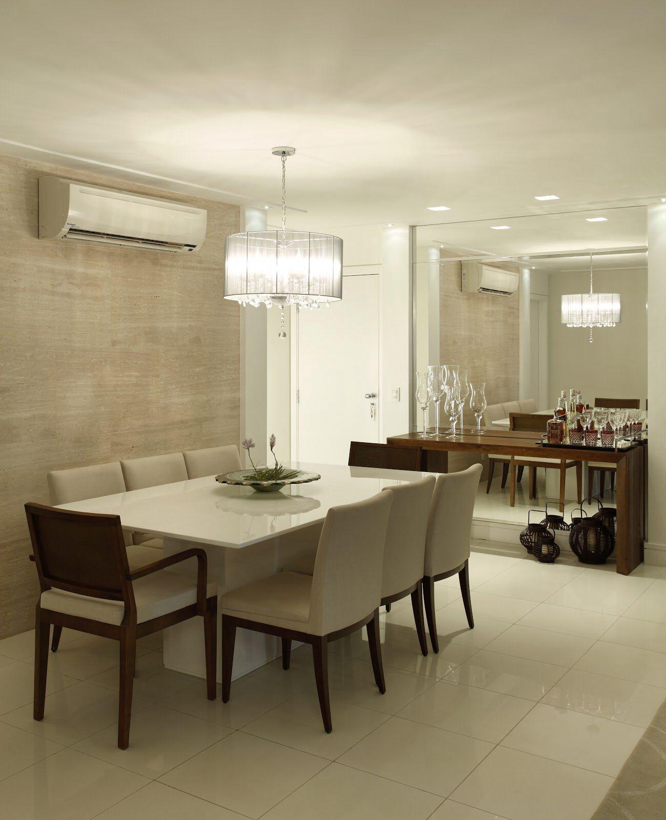 Mirrored Wall Small Spaces Dining Room Sala De Jantar Pequena  -> Modelo De Sala Pequenas Com Espelho E Aparador