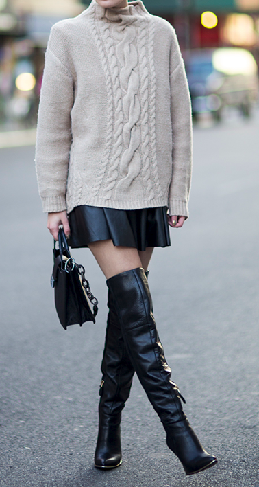 Outfit idea. I'm in love with my leather skirt so any excuse to wear it I'm in there.