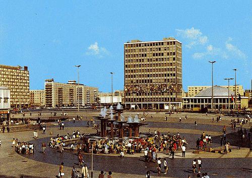 Ddr East Berlin Alexander Platz Mit Kongresshalle East Berlin West Berlin East Germany