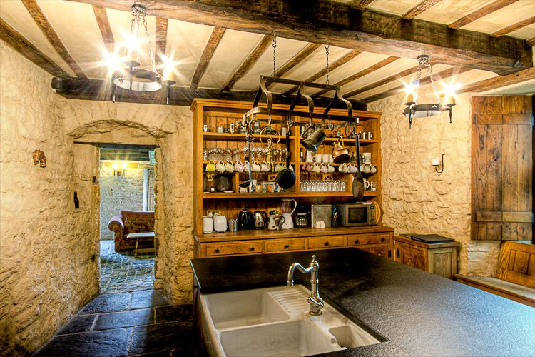 Image result for medieval kitchen design | Betty's new casa ...