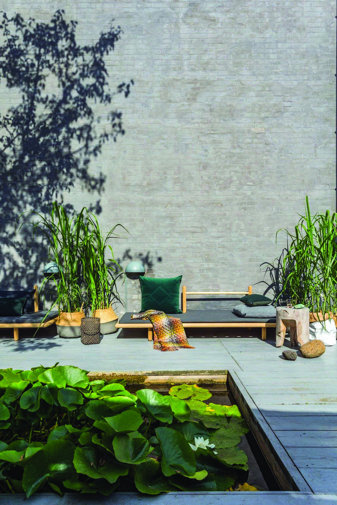 Stylish Ways To Decorate Balcony Garden Ideas Amazon Just On Shopyhomes Com Terraza Jardin Jardines Macetas