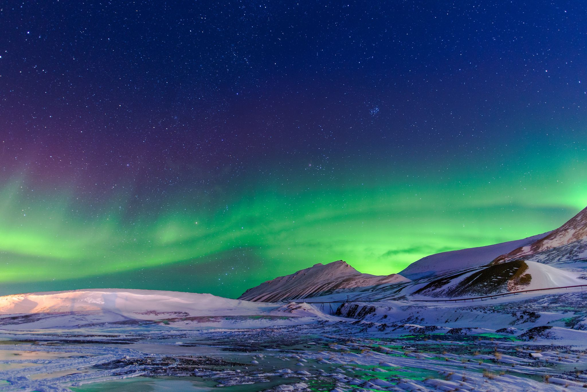 Clear skies with a chance of proton bombardment (Svalbard