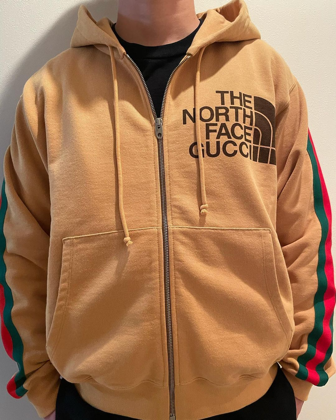 Pin By Atienza Chinoy On I Want I Need Pls Now In 2021 The North Face Mens Sweatshirts Thenorth Face [ 1350 x 1080 Pixel ]