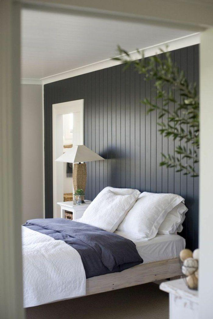 wandpaneele holz wohnideen schlafzimmer dunkle paneele pflanze ...