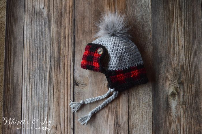 364e2e411f9e54 FREE Crochet Pattern: Toddler Plaid Trapper Hat | Keep your toddler toasty  warm in this trendy buffalo plaid detail hat! Two strands make it extra cozy .