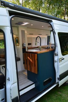 2014 MWB Mercedes Sprinter. ⋆ Quirky Campers