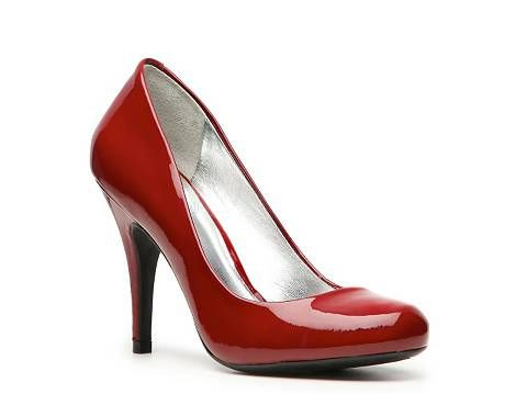 79dcd70367a JS by Jessica Simpson Oscar patent leather pump. I have them in ...