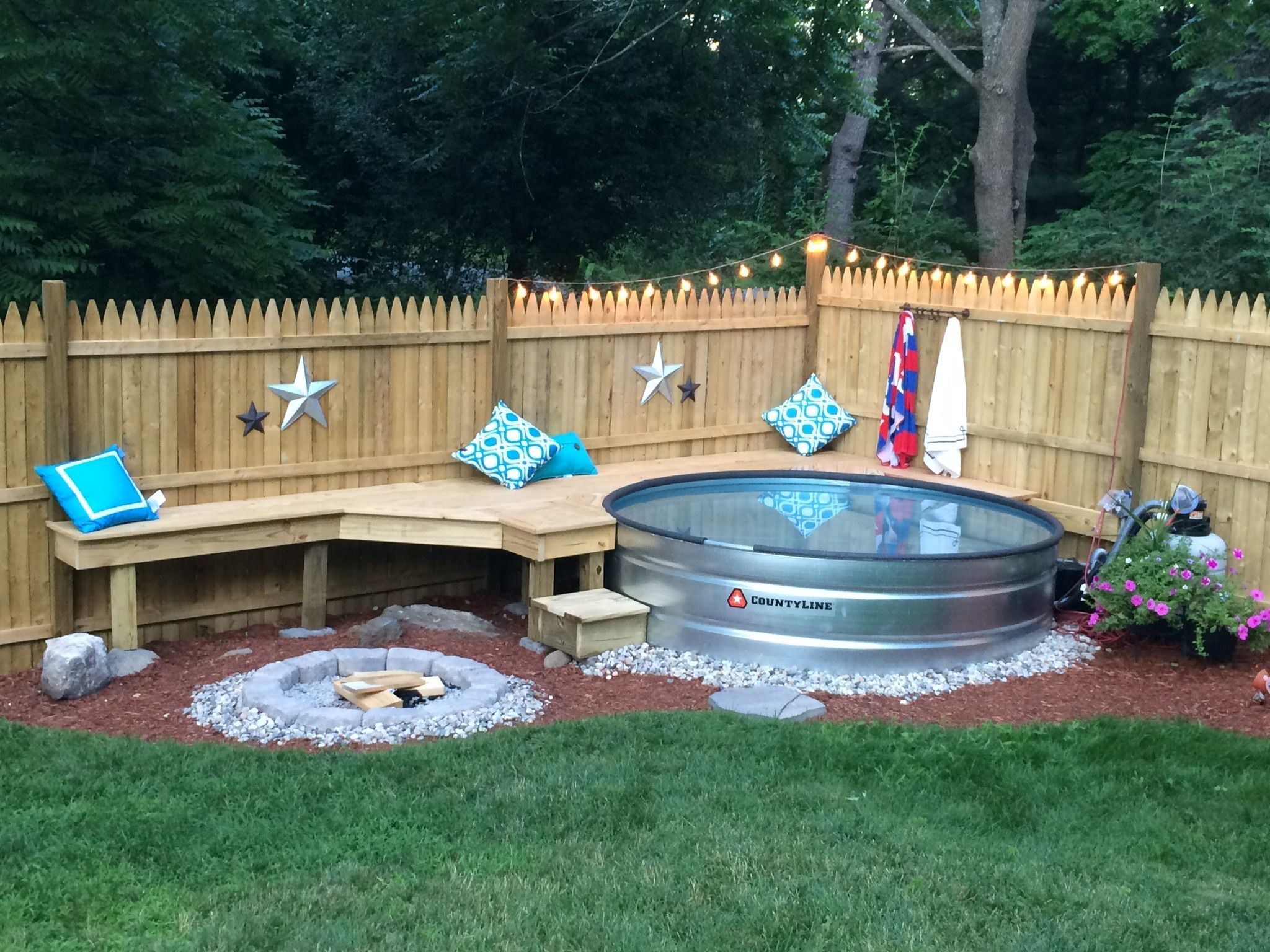 "7 ""Oh Yeahhh Projects That Make Your Backyard Staycation-Worthy"