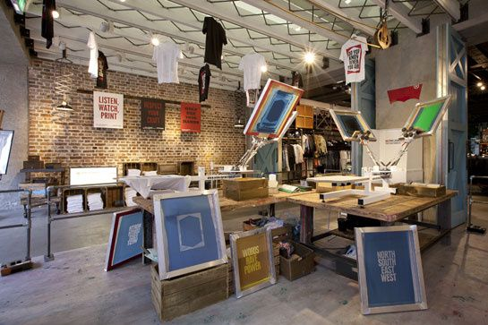 Levi's opens a temporary silkscreen studio in London   P R I N T S