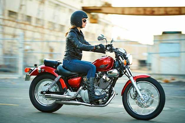 5 Cruiser Motorcycles For Women Riders Beginner Motorcycle Lady