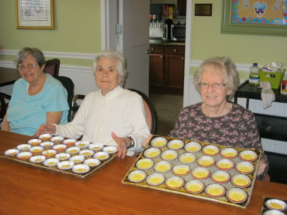 Residents showing off their delicious cupcakes hanover