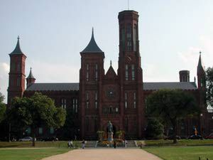 Smithsonian Institution Photo Gallery: The Smithsonian Institution Building