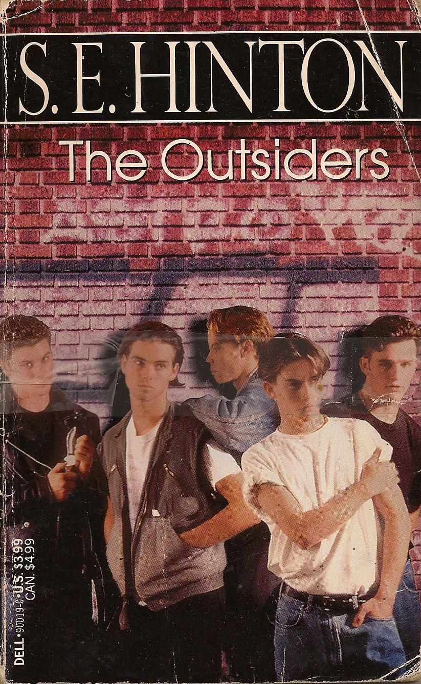 a definition of the outsiders a book by se hinton The outsiders has 718,070 ratings and 25,213 reviews karen said: the outsiders is a book about a group of youthful greasers living in oklahoma, and abou.