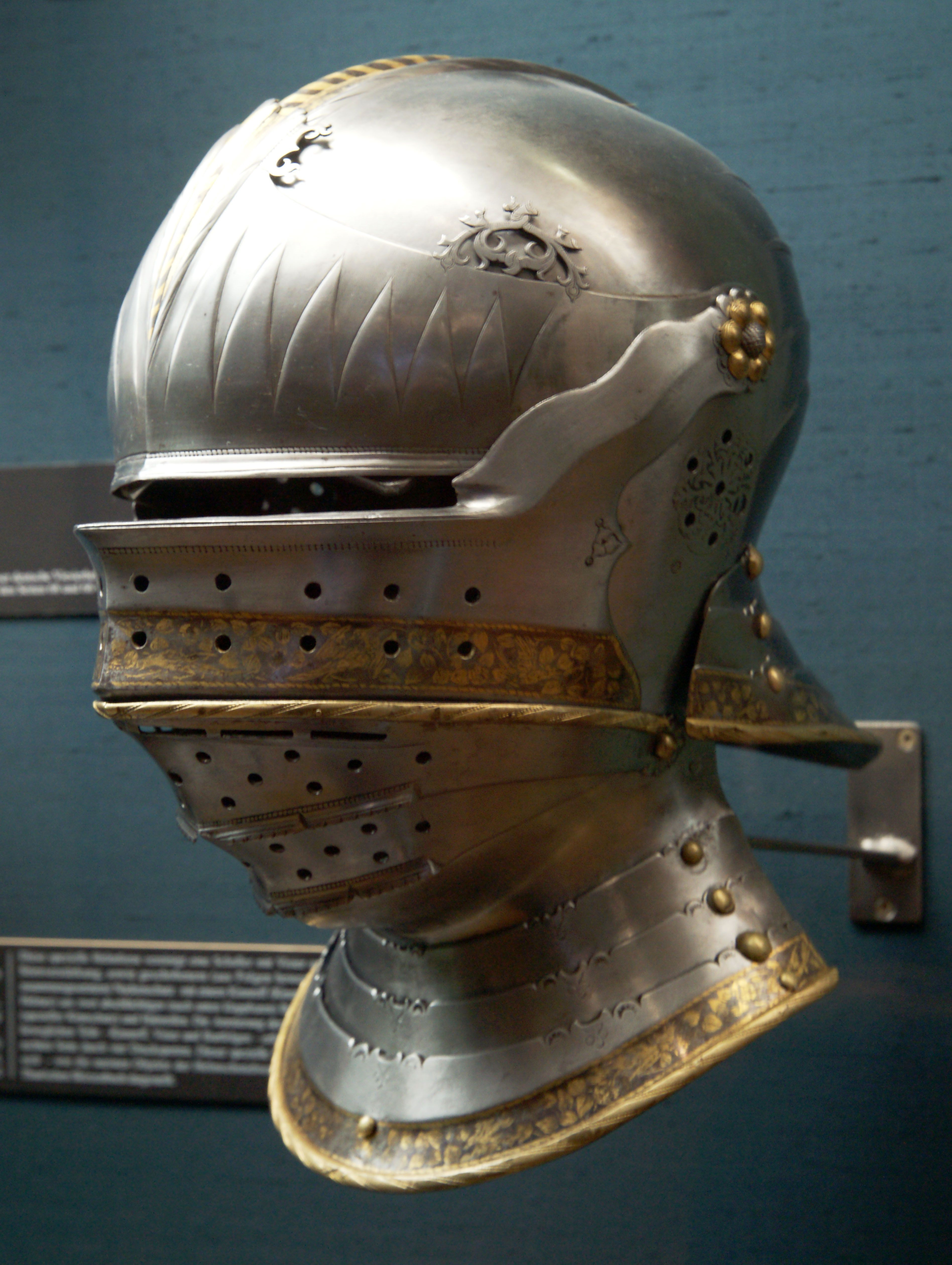 Medieval Helmets for Re-enactment - Wulflund Armoury - wulflund.com