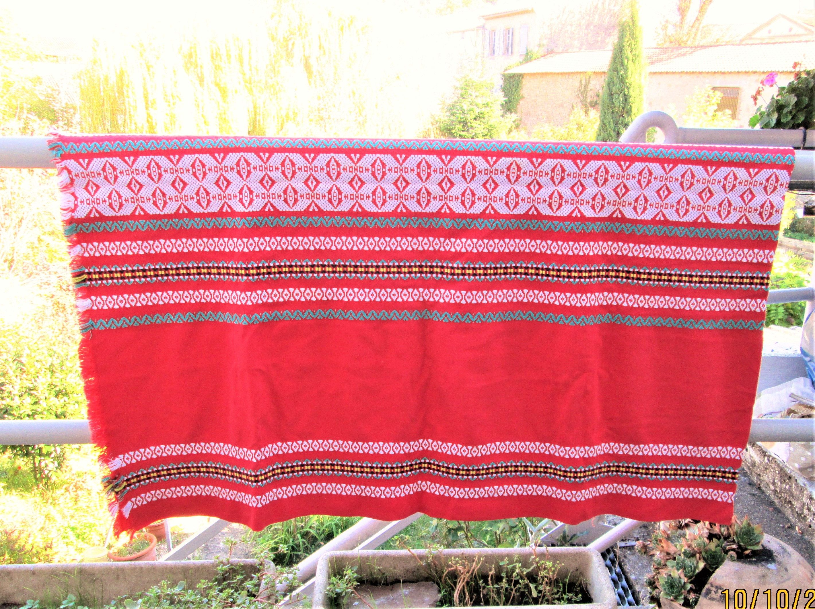 Vintage Swedish Tablecloth, Scandi Dining, Table Covers, Cotton Tablecloths, Red