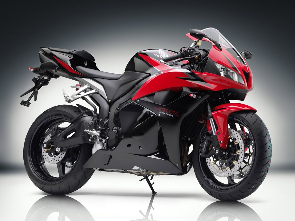 Upcoming bike honda cbr honda is all set to launch the cbr in the indian market and the bike can already be seen being tested in some parts of the country