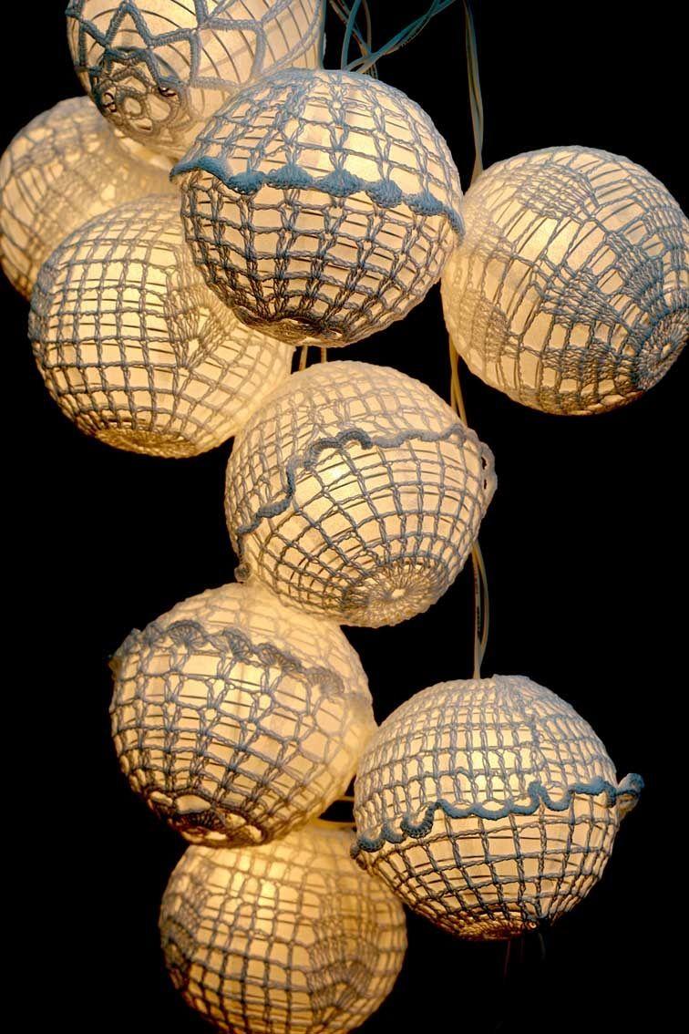 Crochet Chinese Lanterns From The Institute Of Stitches And Crafts Lampara De Ganchillo Decoracion De Ganchillo Linternas Chinas