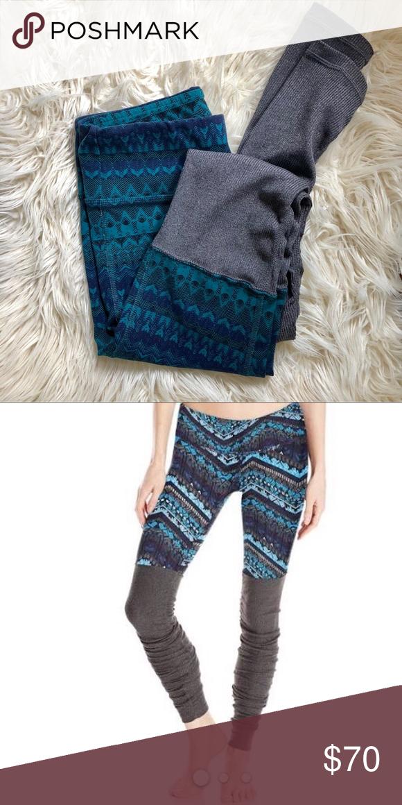 532e472b45d2c Alo Yoga Goddess Leggings - XS - Green and Blue Like new, XS Leggings!